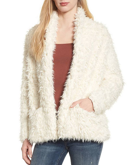 Mandy Moore celebrity look for less fluffy faux fur